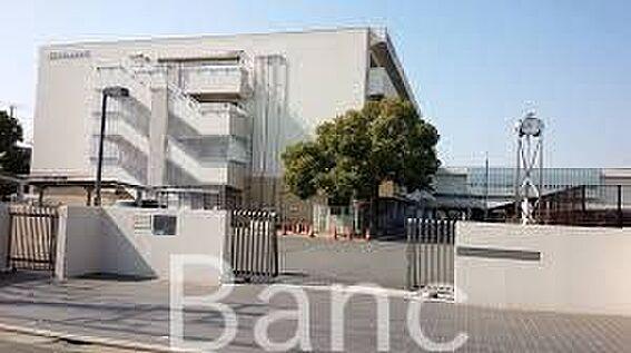 中古マンション-葛飾区東新小岩3丁目 東京都立小岩高校 徒歩17分。 1360m