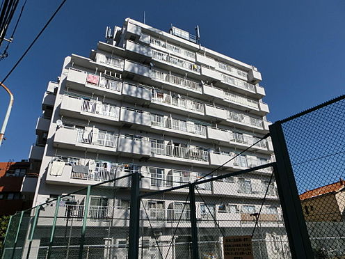 マンション(建物一部)-足立区西新井本町3丁目 外観です。