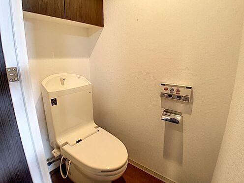 中古マンション-春日井市鳥居松町1丁目 トイレには快適な温水洗浄便座付き!