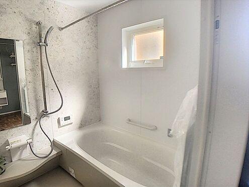 戸建賃貸-西尾市吉良町木田祐言 1日の疲れを癒す浴室で足を伸ばしてゆったりリラックスできます!