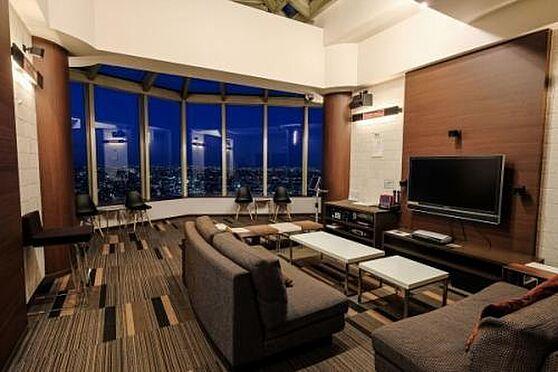 マンション(建物一部)-川口市元郷2丁目 最上階のスカイラウンジが利用可能です