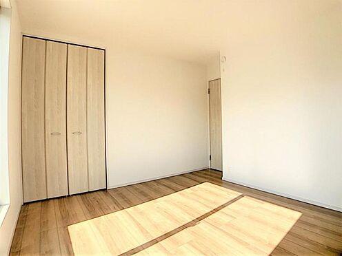 新築一戸建て-名古屋市天白区天白町大字八事字裏山 クローゼットも各部屋にあるのでお部屋を広くお使い頂けます!