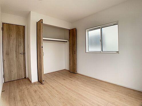新築一戸建て-みよし市三好町陣取山 2階各居室に収納スペースあります◎(こちらは施工事例です)