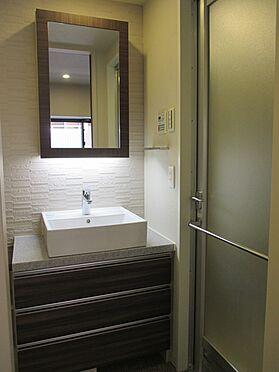 中古マンション-中央区銀座8丁目 収納スペース付き洗面化粧台