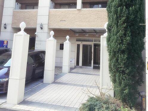 マンション(建物一部)-大阪市中央区島之内1丁目 タイルとレンガによるレトロなエントランス