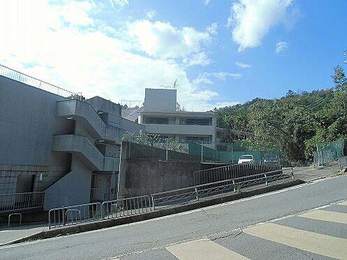 マンション(建物全部)-京都市北区衣笠氷室町 前面道路含む外観