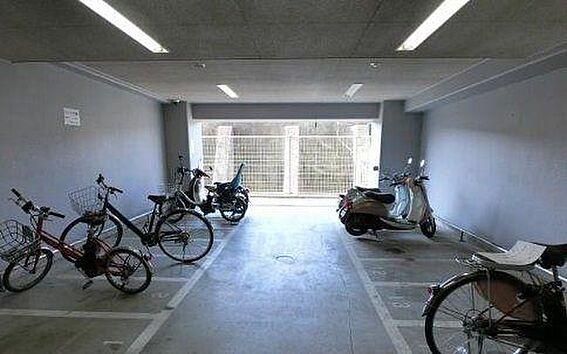 マンション(建物一部)-大阪市浪速区幸町3丁目 屋内駐輪場あり