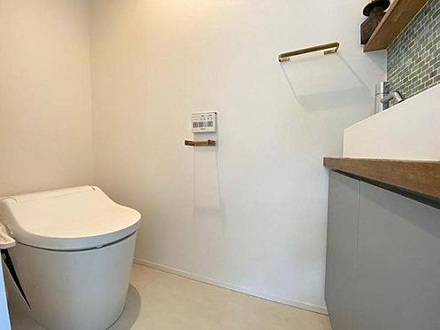 中古一戸建て-福岡市早良区梅林7丁目 タンクレストイレです☆