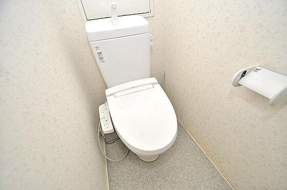 マンション(建物一部)-大阪市淀川区十三本町2丁目 トイレはとっても落ち着いた空間になっています。