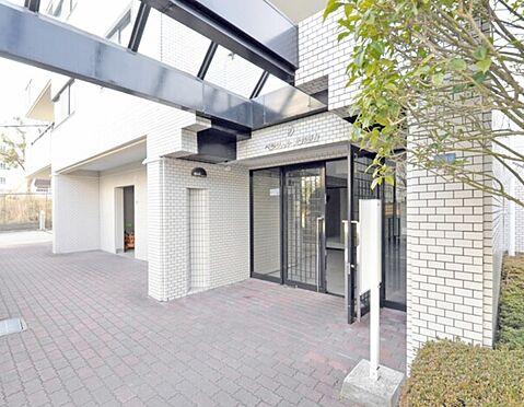マンション(建物一部)-神戸市北区甲栄台3丁目 綺麗に整頓されたエントランス