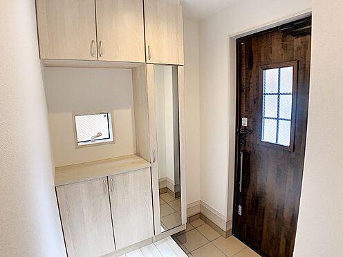 新築一戸建て-名古屋市南区戸部町3丁目 おしゃれな玄関扉です♪