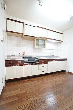 中古マンション-横浜市青葉区あざみ野3丁目 独立型キッチンです