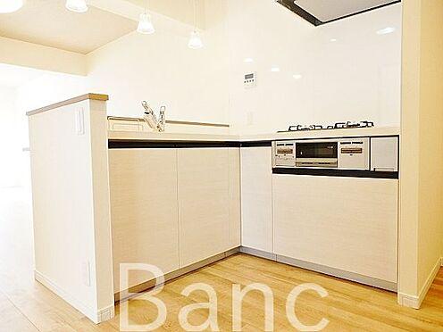 中古マンション-江東区辰巳1丁目 使いやすいL字型キッチンです。