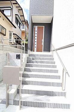 新築一戸建て-仙台市太白区八木山香澄町 玄関