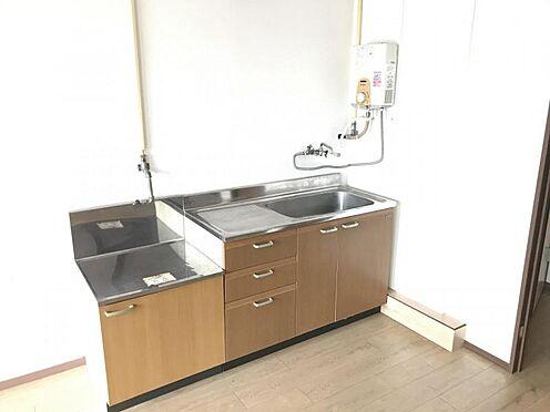 区分マンション-名古屋市名東区明が丘 事務所としてお部屋を利用する際にも邪魔にならず、どんな方にも使いやすい間取りが特徴的です。