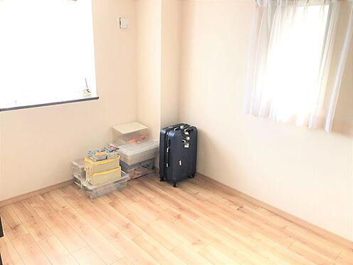 中古マンション-名古屋市緑区八つ松2丁目 4LDKでご家族のプライベート空間も確保できます。
