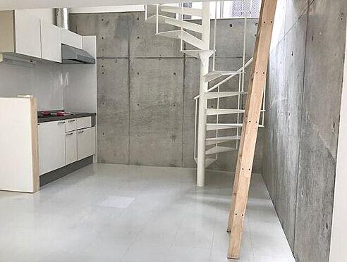 アパート-横浜市磯子区岡村4丁目 居間