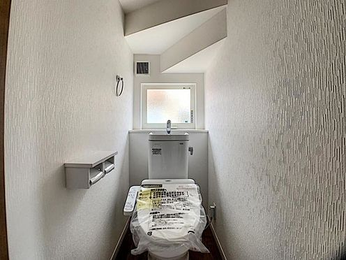 新築一戸建て-名古屋市守山区翠松園2丁目 トイレは1階と2階にございます