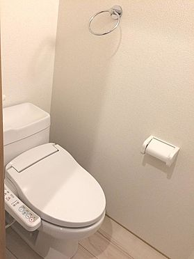 アパート-足立区伊興3丁目 トイレ(施工例)