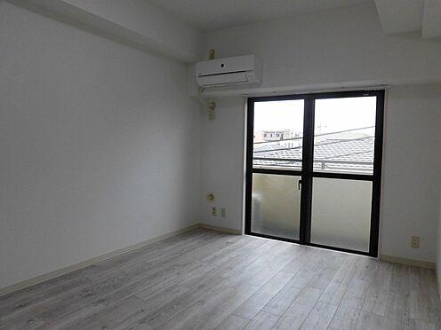 中古マンション-大和市南林間1丁目 洋室(バルコニー側)*新規エアコン(スマホ対応)設置済です。※2020.2.1の賃貸前
