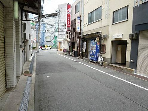 ビル(建物全部)-大阪市北区万歳町 接道