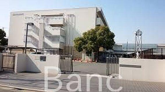 中古マンション-葛飾区東新小岩5丁目 東京都立小岩高校 徒歩21分。 1660m