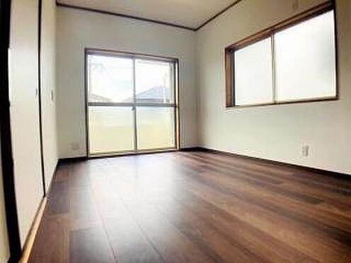 戸建賃貸-豊田市平戸橋町永和 2面採光で室内に明かりをもたらします◎