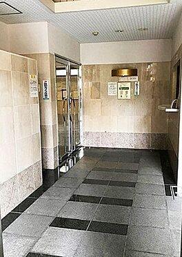 マンション(建物一部)-大阪市生野区勝山南4丁目 清潔に保たれたエントランス