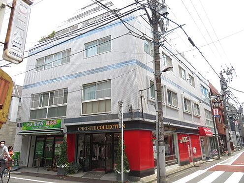 マンション(建物一部)-豊島区南長崎5丁目 池袋から2駅の東長崎駅南口から徒歩2分の好立地マンション。1階はテナントで賃貸中です。