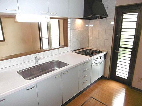 中古一戸建て-町田市小山町 勝手口の付いた対面式のキッチン(床下収納付)