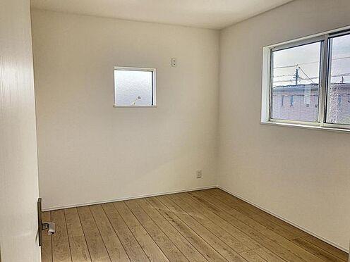 新築一戸建て-半田市平地町1丁目 子ども部屋にも適した洋室です