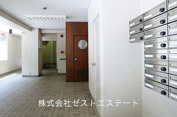 マンション(建物一部)-神戸市灘区一王山町 清潔感のあるロビー