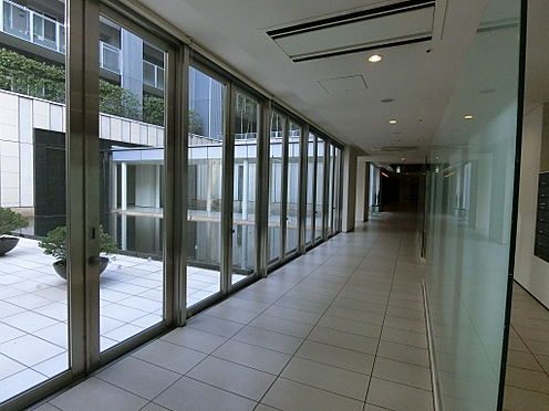 中古マンション-渋谷区神宮前1丁目 1階内廊下