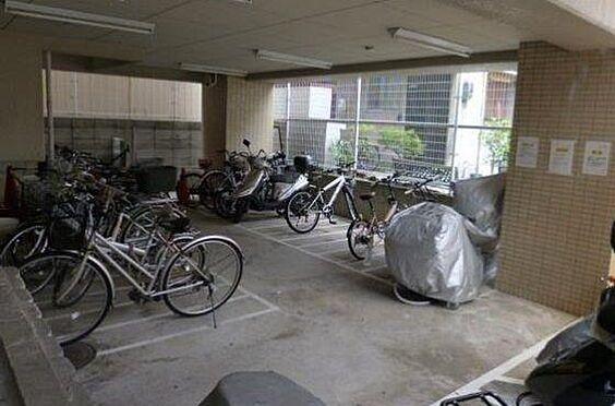 マンション(建物一部)-神戸市兵庫区大開通5丁目 雨の日も安心の屋内駐輪場