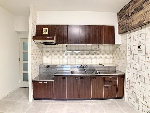 区分マンション-名古屋市南区豊2丁目 人気のI型キッチン!