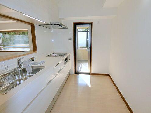 中古マンション-福岡市中央区谷2丁目 ゆったりスペースのシステムキッチン!