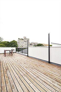 店舗付住宅(建物全部)-港区南青山4丁目 4Fのルーフバルコニーからは東京タワー・六本木ヒルズを望めます