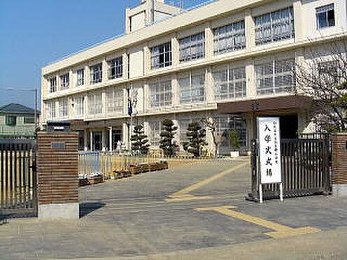 店舗付住宅(建物全部)-和歌山市中之島 【小学校】四箇郷小学校まで680m