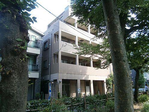 マンション(建物一部)-文京区千石4丁目 隣地の宮下公園からの建物。