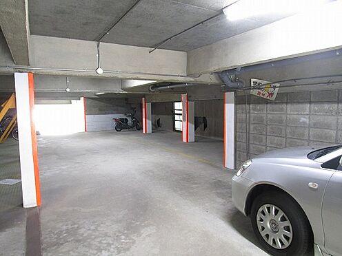 マンション(建物全部)-大阪市西区境川2丁目 中2階駐車場