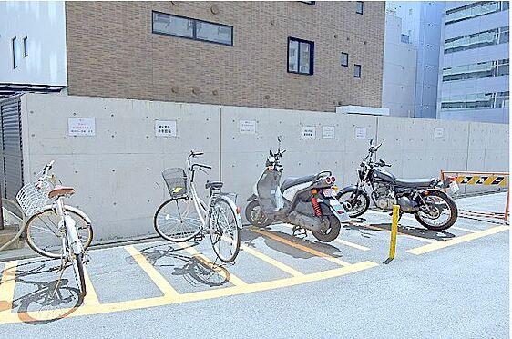 マンション(建物一部)-大阪市淀川区西宮原2丁目 自転車やバイクも置けるので移動が楽々。