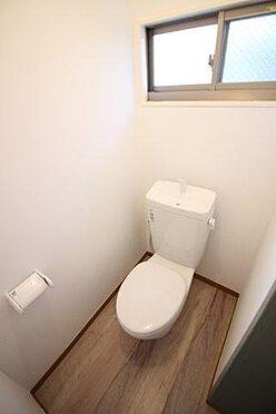 アパート-横須賀市富士見町2丁目 トイレ内もきれいになっています