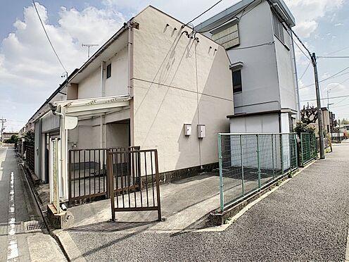 中古テラスハウス-名古屋市中川区中郷3丁目 並列2台駐車可能です。間口が広く駐車もしやすいです。