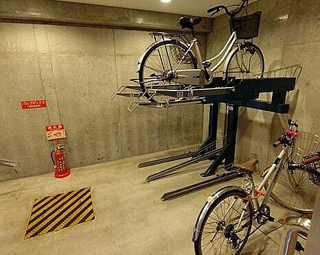 マンション(建物一部)-大阪市中央区上町1丁目 屋内に駐輪場あり