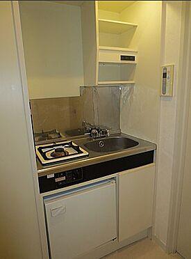 マンション(建物一部)-盛岡市本町通3丁目 室内状況確認中でございます。掲載写真は別の居室のお部屋になりますためご参考にしていただけましたなら幸いです。