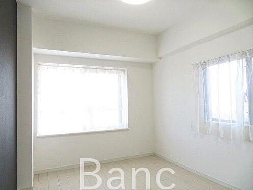 中古マンション-江戸川区松江2丁目 角部屋の洋室 お気軽にお問合せくださいませ。