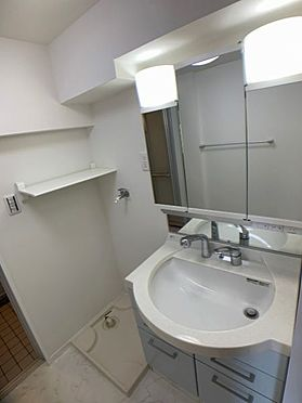中古マンション-名古屋市天白区八事山 清潔感のある洗面台