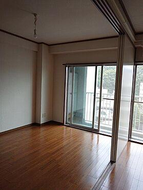 マンション(建物一部)-板橋区小豆沢4丁目 居間