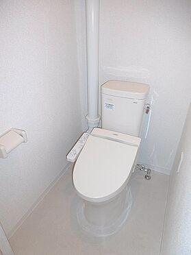 中古マンション-多摩市貝取3丁目 ウォシュレット付きのトイレです。
