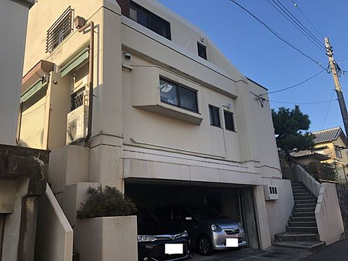 戸建賃貸-岡崎市井田町字茨坪 3階建て、5DK+茶室。1階はビルドインガレージ。